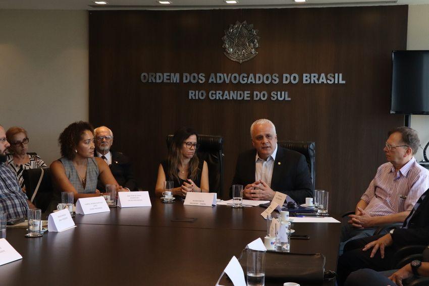 Breier assume como presidente do Fórum dos Conselhos Regionais e Ordens das Profissões Regulamentadas do RS