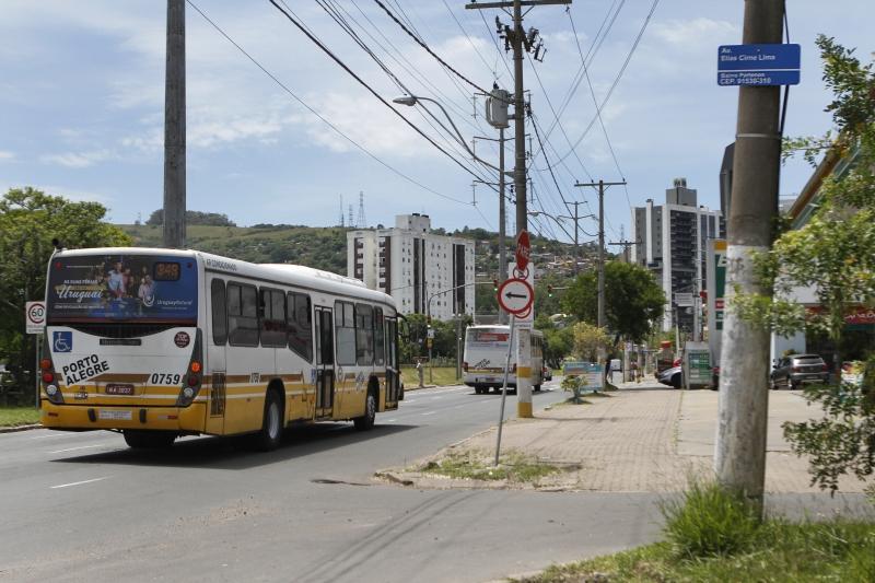 Porto Alegre: Faixa preferencial para ônibus na avenida Ipiranga entra em operação na segunda-feira