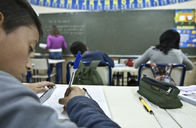 RS: Matrículas devem ser feitas diretamente nas escolas a partir desta segunda