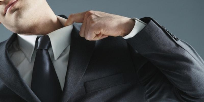 TRT4 atende pedido da OAB/RS e torna facultativo o uso de terno e gravata no verão