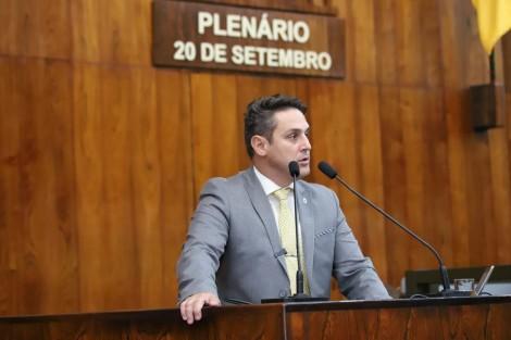 Zucco apresenta projeto que garante assistência jurídica a todos os servidores da segurança pública para Secretários de todo o País