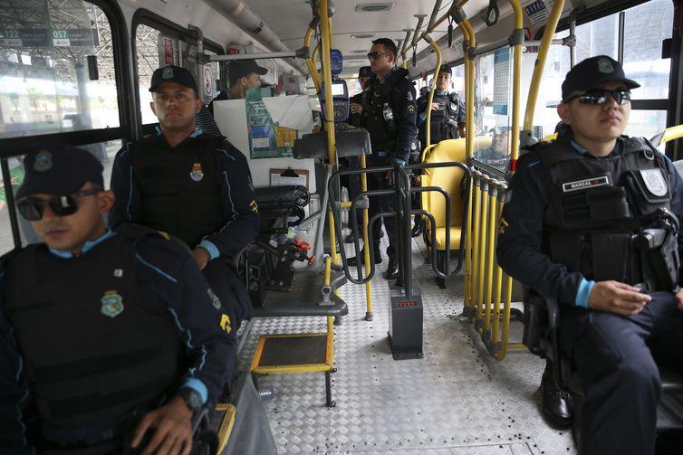 Ceará pede ao Ministério da Justiça mais 90 agentes penitenciários