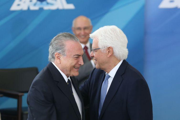 MPF: esquema envolvendo Temer e Moreira Franco movimentou R$ 1,8 bi.  Procuradores afirmam que grupo criminoso atua há mais de 40 anos