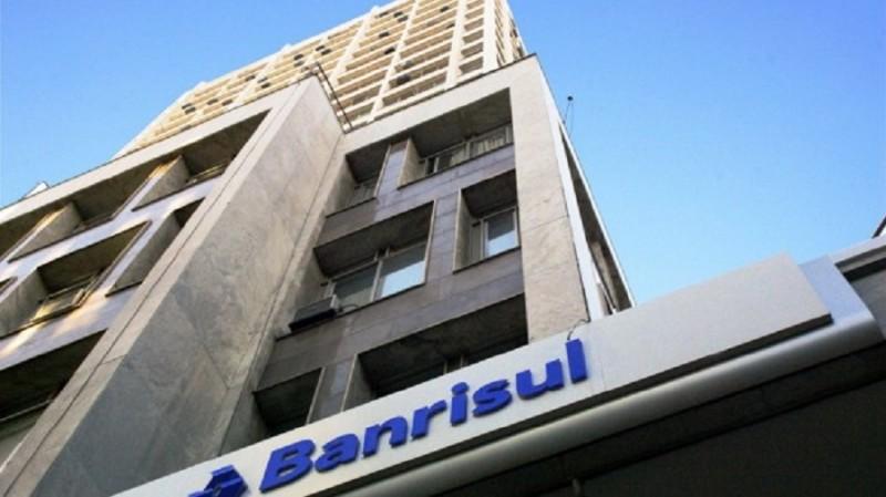 RS: Banrisul oferece crédito para antecipar a restituição do Imposto de Renda 2019