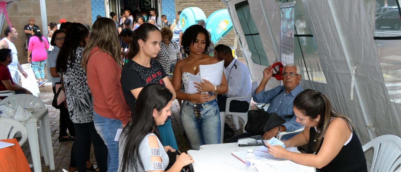 Porto Alegre: Largo Glênio Peres terá Feira de Serviços para as Mulheres