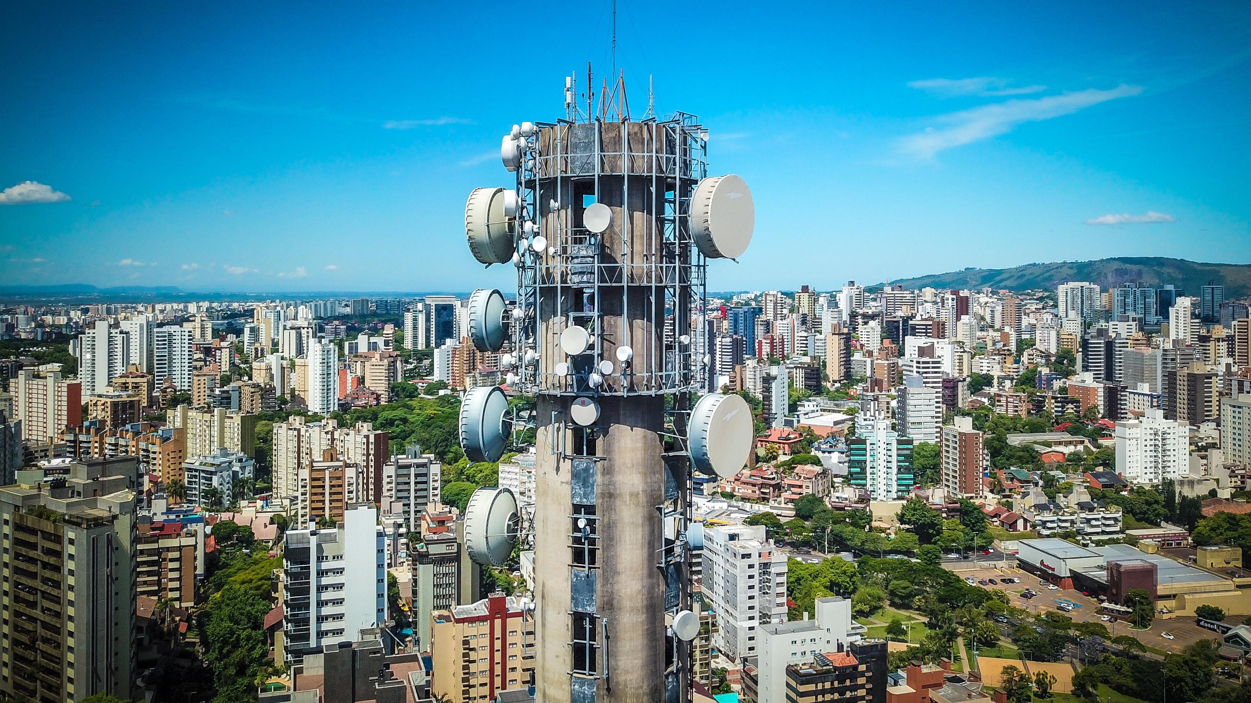 Porto Alegre: Prefeitura regulamenta a lei das antenas