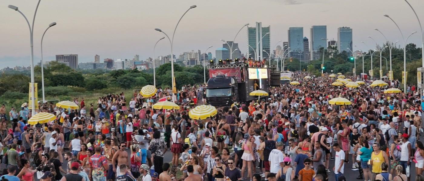 Porto Alegre: Carnaval de Rua terá desfiles na Orla da Capital nesse domingo