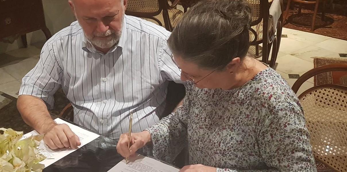 Porto Alegre: Embaixador de Luxemburgo repassa recursos para ONG CIUPOA que trabalha projetos sociais no Morro da Cruz. Carlo Krieger