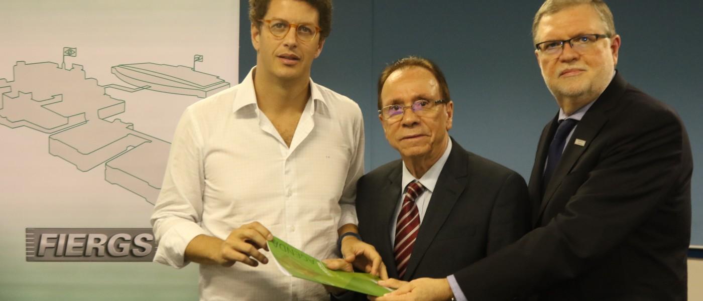 FIERGS entrega a ministro Salles a Agenda de Meio Ambiente da Indústria. Documento identifica entraves legais enfrentados pelo setor na esfera ambiental bem como suas possíveis soluções