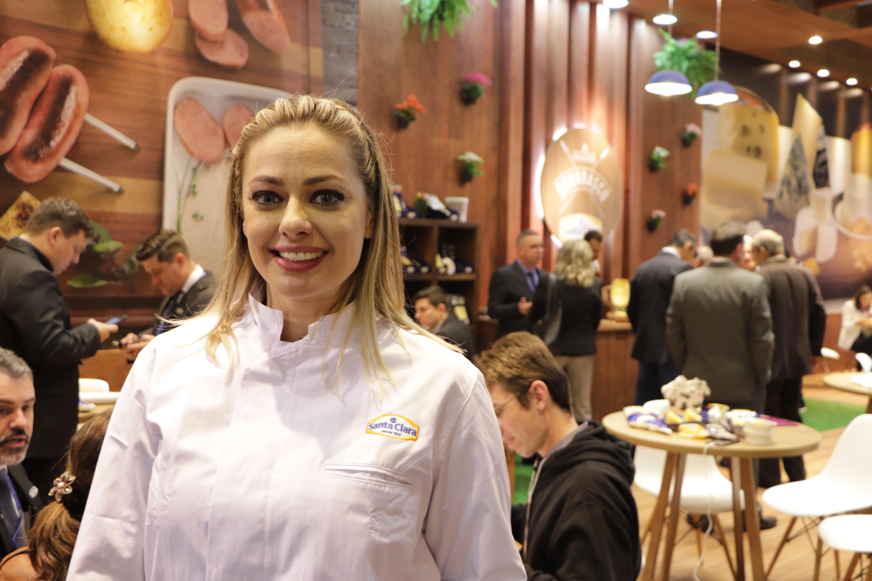 Porto Alegre: Maria Antonia Russi prepara jantar de páscoa no Carnitas. Chocolate será o principal ingrediente dos pratos