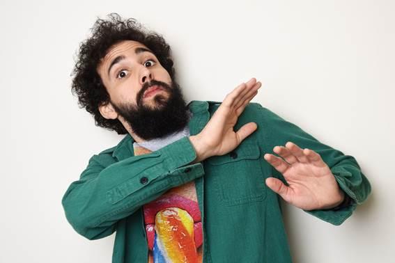 """Porto Alegre: Comediante Murilo Couto faz turnê com show """"Gala Seca"""" dia 03 de maio no Bourbon Country"""