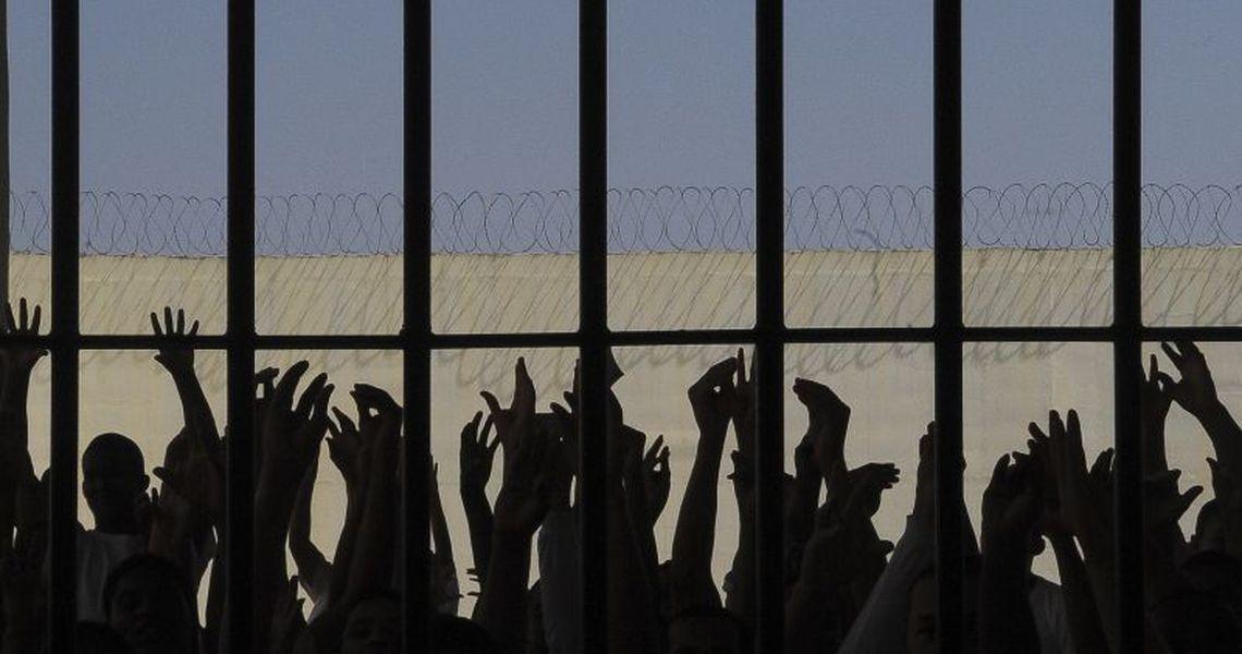 Ministério cria comissão para rever política criminal e penitenciária