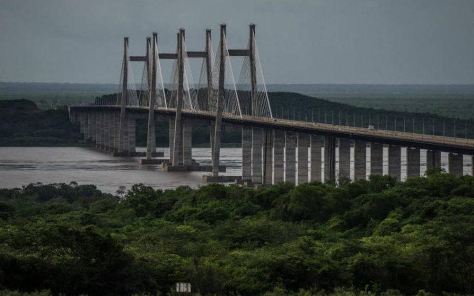 Resultado de imagem para BNDES financia US$ 10 bi para exportação de serviços de engenharia