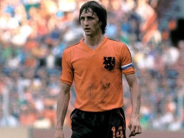 Futebol: Definições de Cruyff, um dos maiores jogadores de todos os tempos, sobre o esporte mais popular do mundo