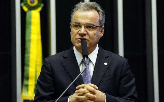 Governo está aberto a mudanças na reforma da Previdência, diz relator. Samuel Moreira comprometeu-se com economia mínima de R$ 1 tri