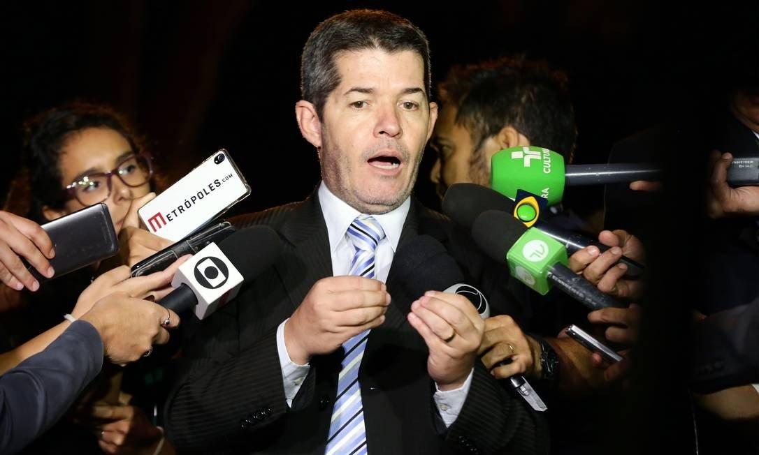 Líderes do PSL partem para ataque ao Planalto