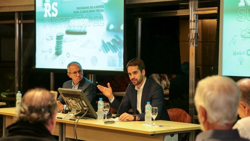 RJ: Eduardo Leite impressiona grupo de economistas ligados a FGV, PUC-RJ e mercado financeiro em ciclo de debates