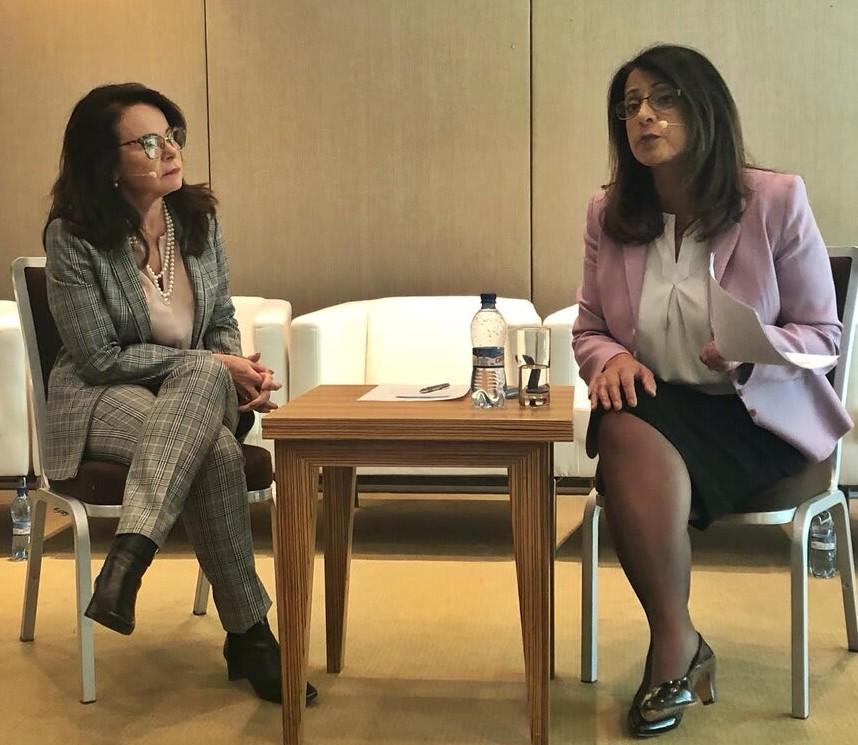 """Saúde: Maira Caleffi discute Cobertura Universal em evento em Genebra. Médica gaúcha falou no painel """"Além das manchetes: o que será necessário para enfrentar o crescente impacto do câncer?"""","""