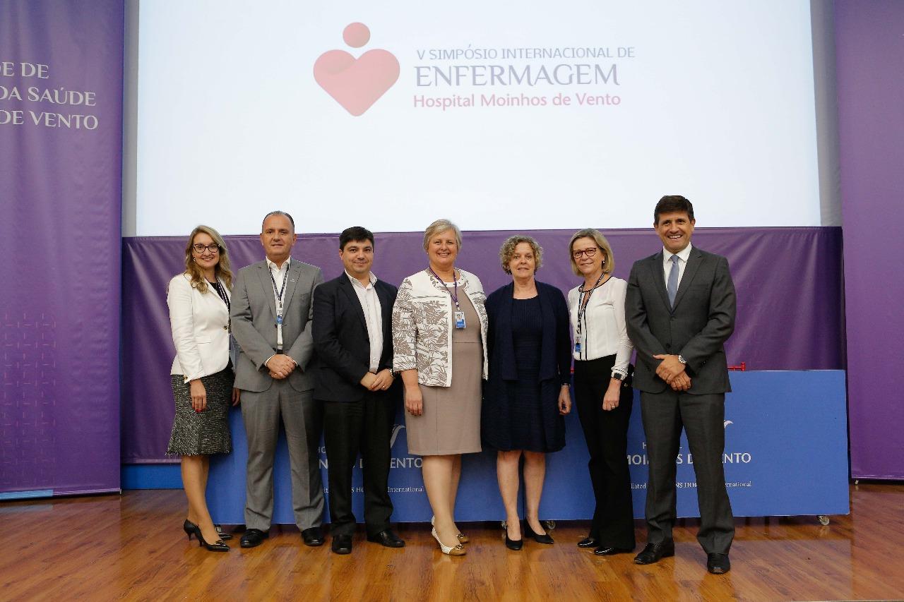 Porto Alegre: Simpósio Internacional no Hospital Moinhos de Vento incentiva humanização e maior envolvimento com pacientes no ambiente hospitalar
