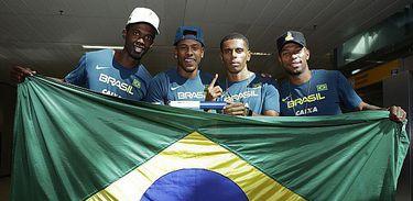 Campeões mundiais do 4x100m são convocados para Universíade