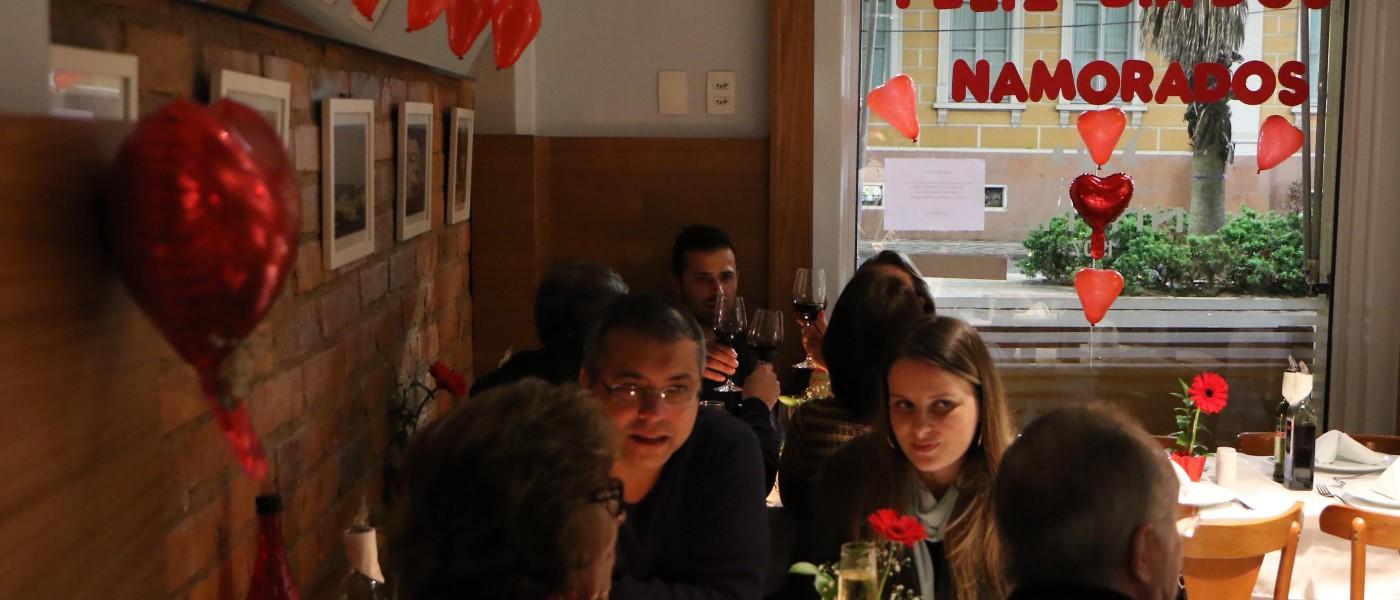 Restaurantes do Mercado Público terão horário especial no Dia dos Namorados