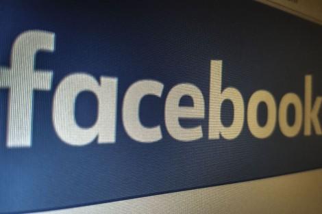 TRF multa WhatsApp e Facebook por descumprimento de decisões judiciais
