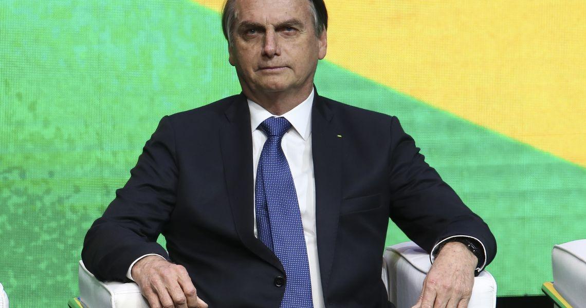 Bolsonaro vai aguardar relatório da Previdência para se manifestar