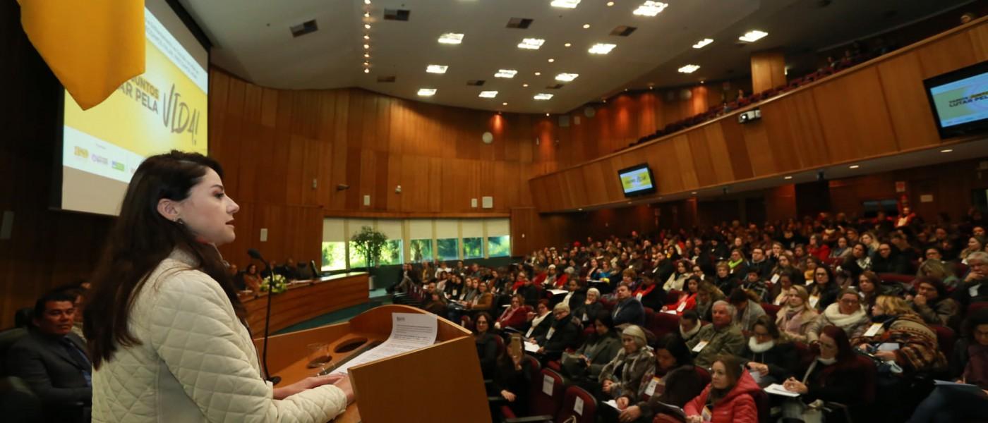 Seminário de Prevenção e Enfrentamento ao Suicídio reúne 500 pessoas em Porto Alegre