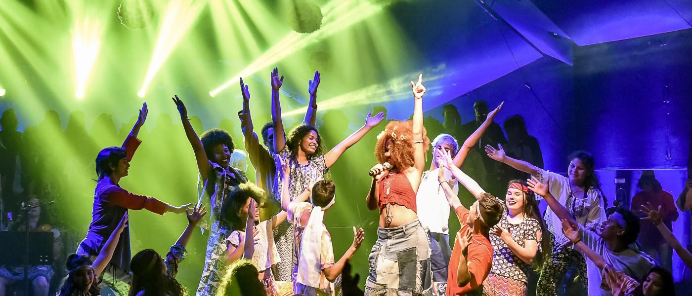 Porto Alegre: Cia Jovem de Dança apresenta flash mobs pela Capital