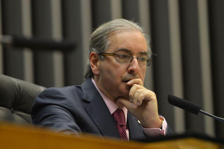 STF mantém um dos mandados de prisão contra Eduardo Cunha