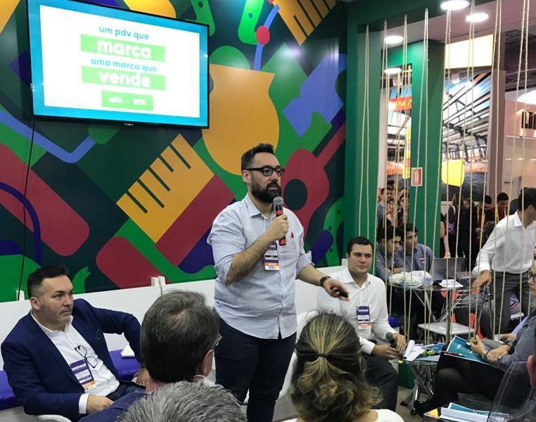 Redemac promove Talk-Show na Construsul