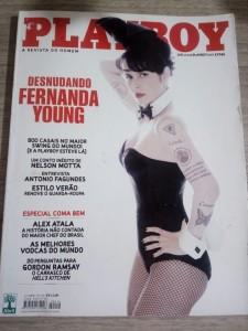 revista-playboy-414-fernanda-young-D_NQ_NP_721845-MLB27716774237_072018-F