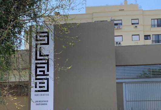 Porto Alegre: Slab hub criativo incentiva a arte com crianças antes mesmo de inaugurar