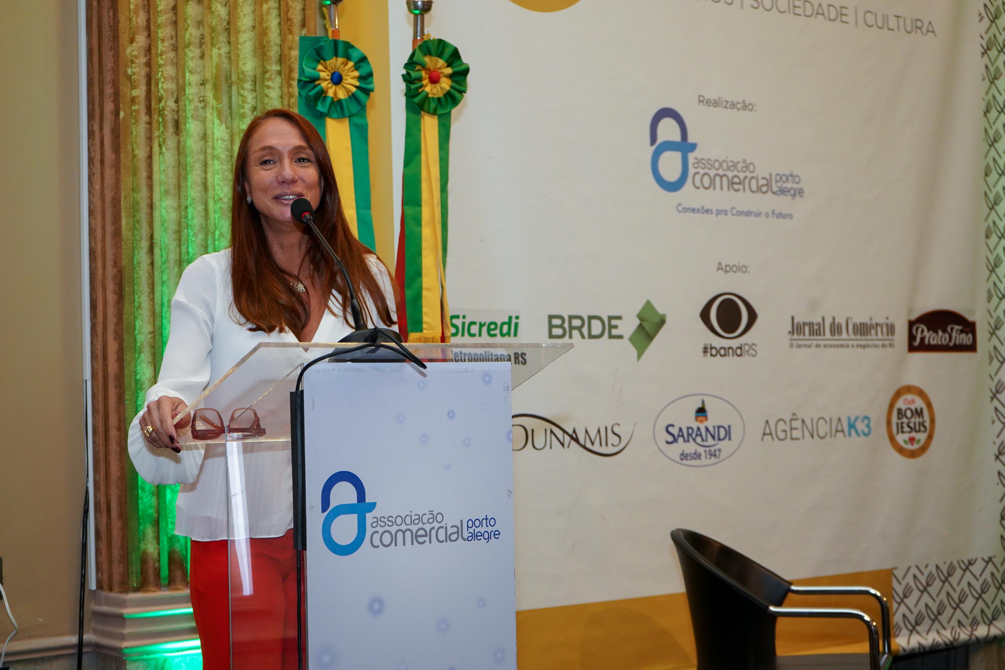 Porto Alegre: Secretária Nacional da Justiça fala sobre projeto anticrime e Pacto pela Mulheres na ACPA