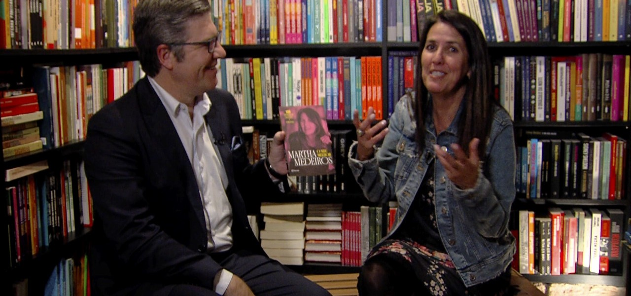 SBT Entrevista: Martha Medeiros fala sobre 25 anos de crônicas com Felipe Vieira hoje no Segunda Edição