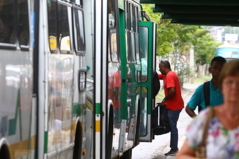 Setor de serviços cai no Rio Grande do Sul em julho