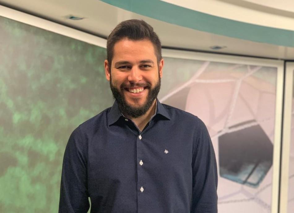 Prêmio Press ultrapassa barreira dos 700 mil votos. Jeremias Werneck do SBT entra na disputa pelo troféu de Comentarista de TV do Ano