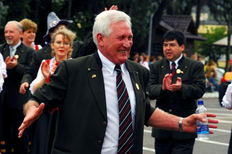 Obituário: Morre Ruben Toillier, ex-presidente da Oktoberfest; por Bruna Lovato e Rafael Cunha/Gazeta do Sul