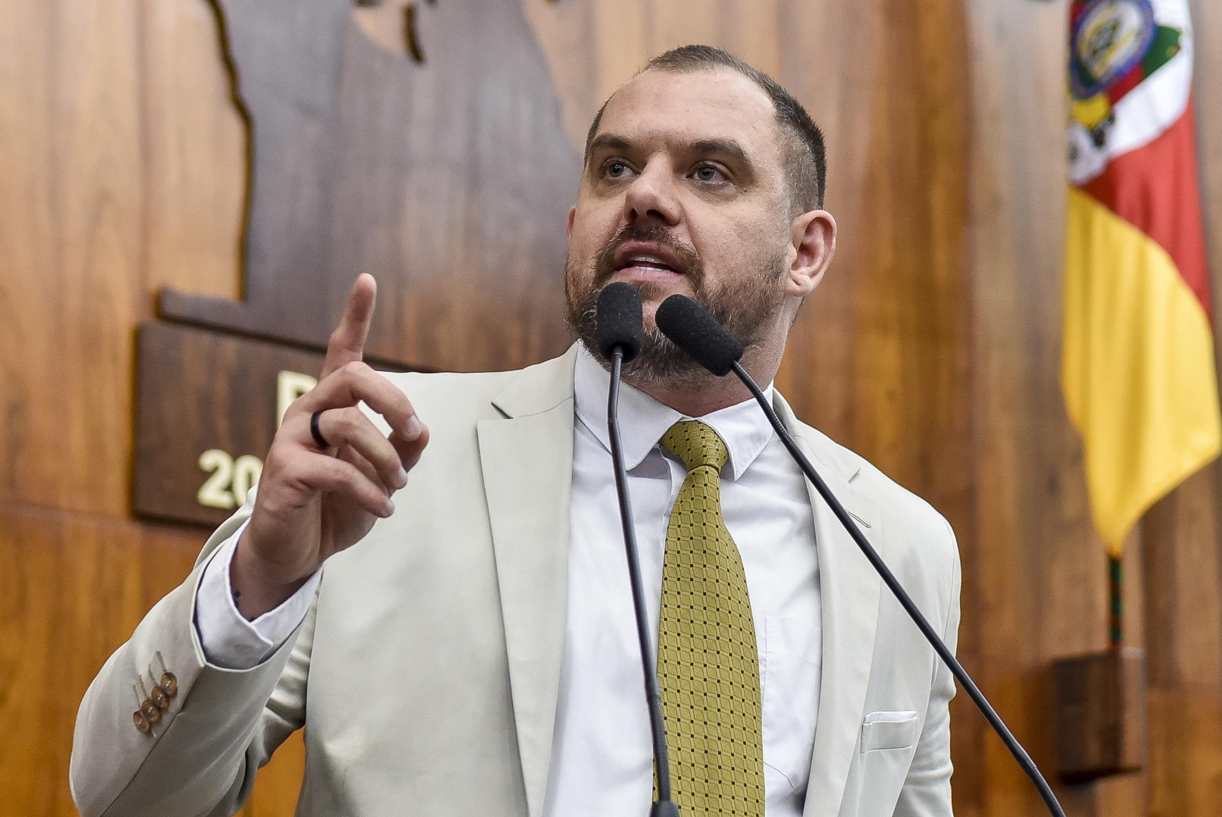 """RS: Projeto """"Escola com Partido"""" é protocolado na Assembleia Legislativa"""