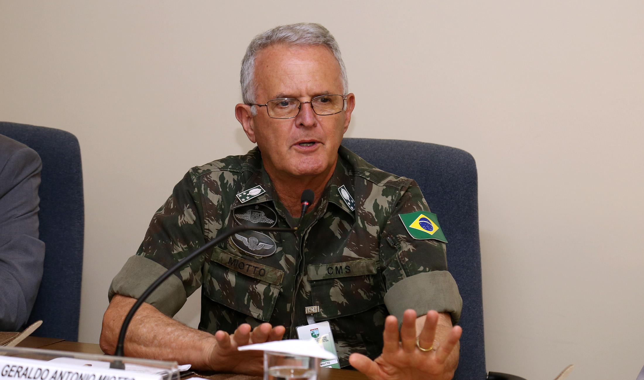 Comandante militar do Sul abre workshop sobre Direito Militar no TRF4
