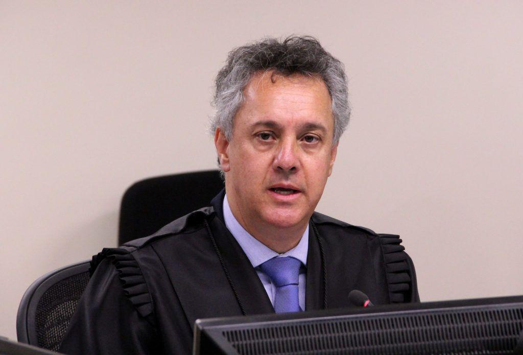 Relator vota para aumentar pena de Lula para 17 anos no caso do sítio de Atibaia. Ex-presidente havia sido condenado a 12 anos; do Correio do Povo