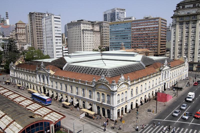 Porto Alegre: Dinheiro da outorga do Mercado Público pode ir para revitalização do entorno