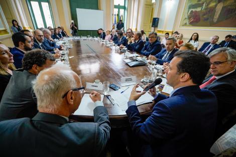 Porto Alegre: Prefeito expõe potencialidades da Capital a embaixadores europeus