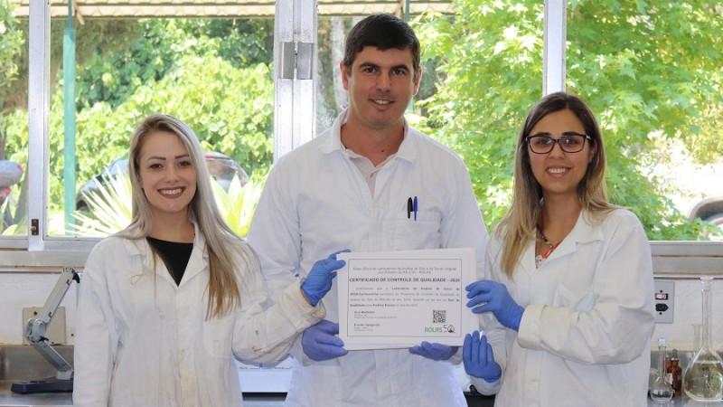 Laboratório do Irga recebe certificado de controle de qualidade 2020