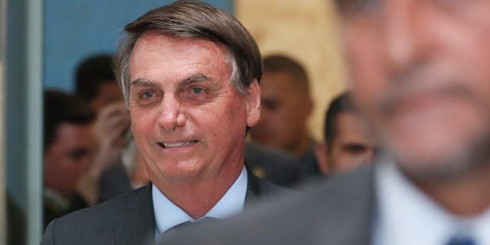 """Bolsonaro se incomoda com vídeo em que Witzel chama Mourão de """"presidente""""; da Rádio Guaíba"""