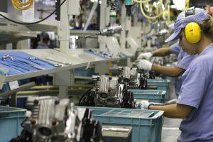 CNI: produção industrial recua, mas intenção de investimento sobe