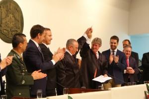 Novo presidente do TCE enfatiza controle público