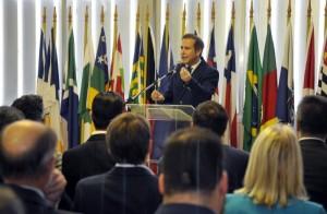 RS: Lara comemora economia de R$ 148,9 milhões à frente da Assembleia gaúcha