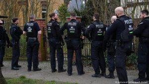 Alemanha bane grupo de extrema direita ligado aos