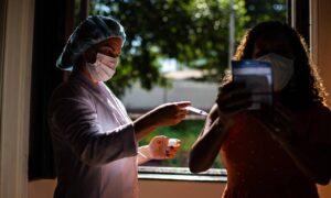 Com atual ritmo de vacinação contra a Covid-19, Brasil é capaz de frear vírus até dezembro; O Globo